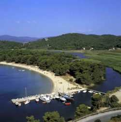 Yacht Charter Base Skiathos Island, Greece, Yacht Charter in Greece